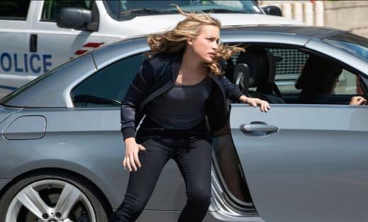 Annie Runs - Covert Affairs Season 5 Episode 10