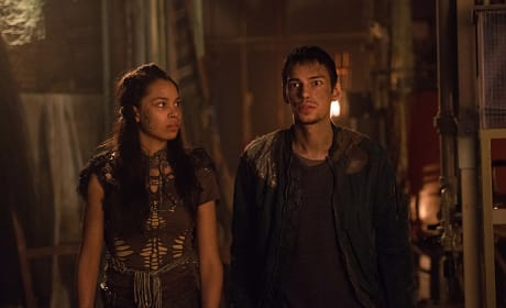 Uh Oh - The 100 Season 3 Episode 14
