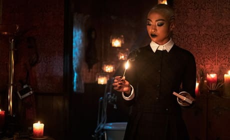 Prudence Helps Out - Chilling Adventures of Sabrina Season 1 Episode 11