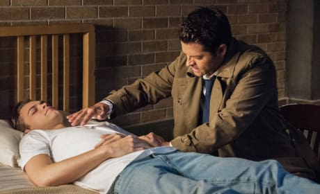 Castiel's Tricks - Supernatural Season 14 Episode 7