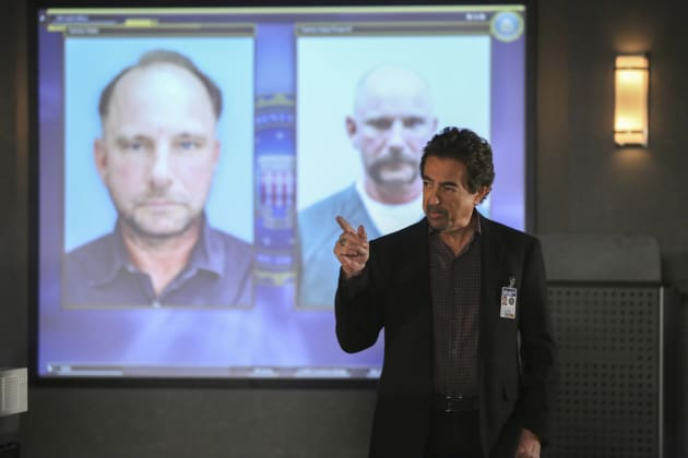 Rossi gives a lesson - Criminal Minds Season 12 Episode 9