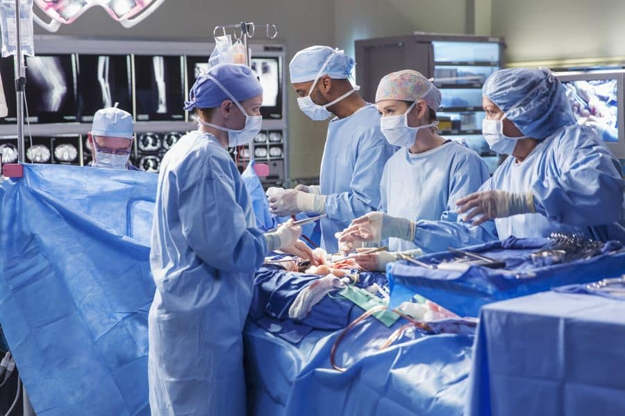 Watch Grey\'s Anatomy Online: Season 12 Episode 17 - TV Fanatic