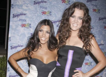 Watch Kourtney and Khloe Take Miami Season 2 Episode 4 Online