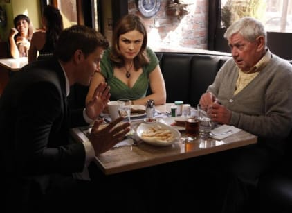 Watch Bones Season 5 Episode 8 Online