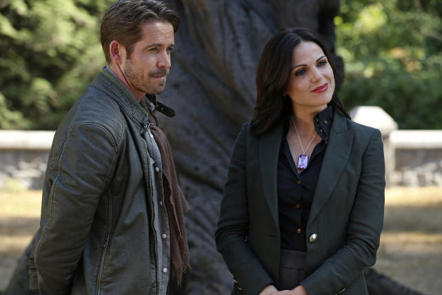 'Ship We Can't Wait to See Again: Outlaw Queen