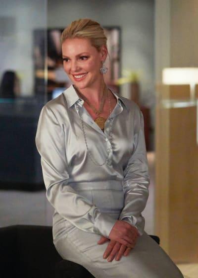 Samantha Smiles - Suits Season 8 Episode 2