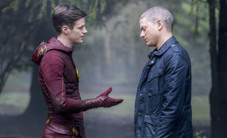 Be My Partner? - The Flash Season 3 Episode 22