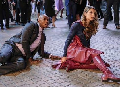 Watch Supergirl Season 2 Episode 5 Online