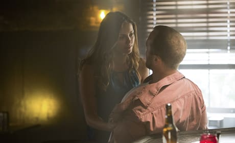 Elena at the Bar - The Vampire Diaries