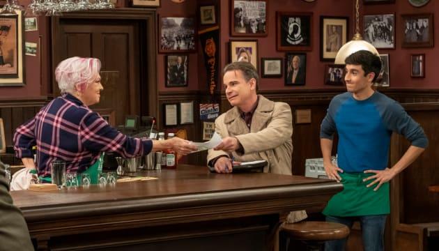 Phyllis at the Bar - Murphy Brown Season 11 Episode 11