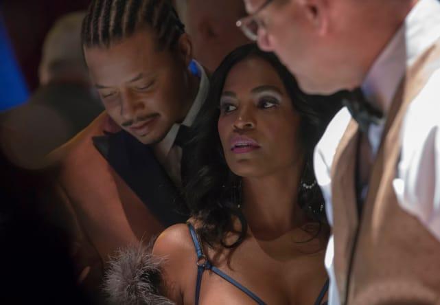 Giuliana has Lucious breathing down her back...literally - Empire Season 3 Episode 14