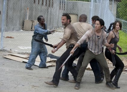 Watch The Walking Dead Season 3 Episode 1 Online