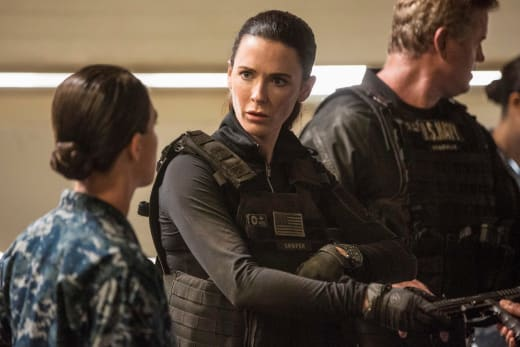 Out of Contact - The Last Ship Season 5 Episode 8