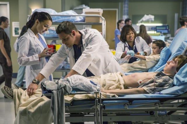 Karev at Work - Grey's Anatomy Season 11 Episode 9