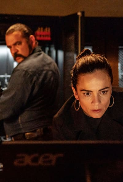 Ready For a Fight - Queen of the South Season 4 Episode 6