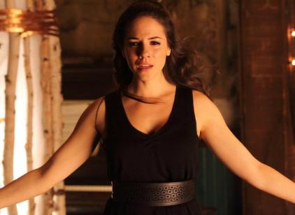 Watch Lost Girl Season 3 Episode 9 Online