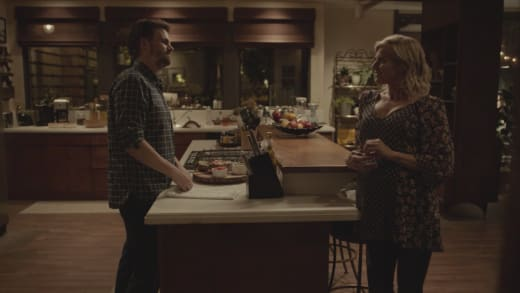Alex and Emmy - Casual Season 3 Episode 4