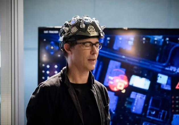 The Helmet of Freedom? - The Flash Season 4 Episode 15