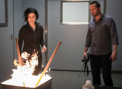 Watch Blindspot Season 1 Episode 21 Online