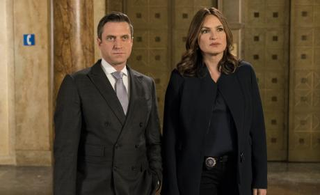 Breaking the Law - Law & Order: SVU