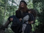 Jamie carries Fergus - Outlander