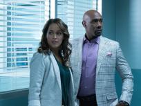 Rosewood Season 2 Episode 13