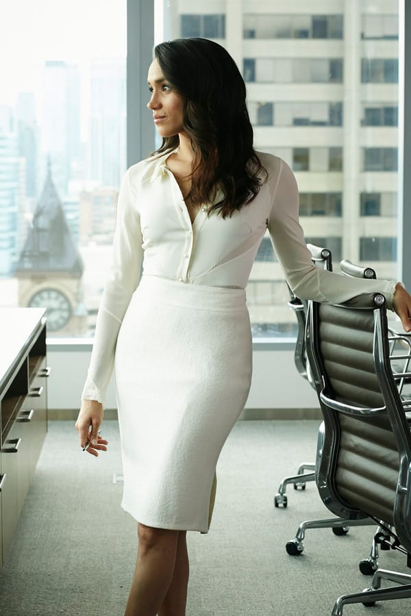 Looking Bridal - Suits Season 5 Episode 8