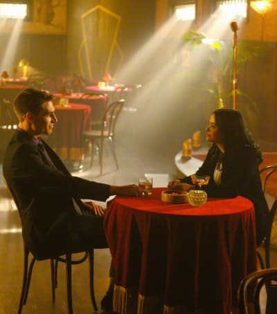 Mob Deals - Riverdale Season 3 Episode 18