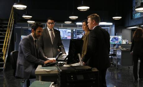 Waiting for Aram - The Blacklist Season 4 Episode 8