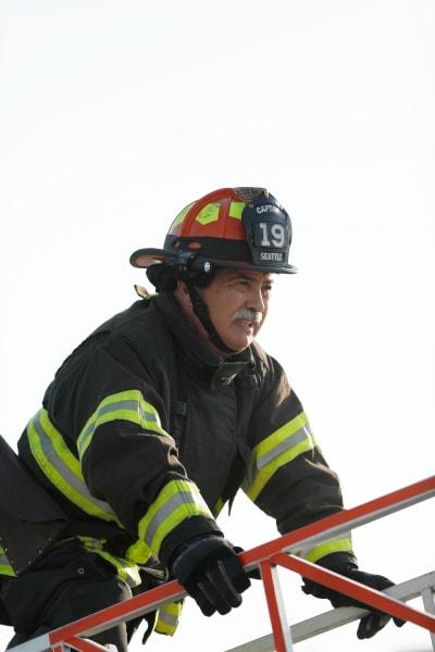 Pruitt ladder - Station 19 Season 3 Episode 12