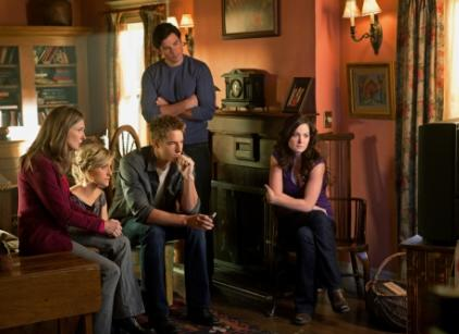Watch Smallville Season 10 Episode 13 Online