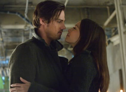 Watch Beauty and the Beast Season 1 Episode 18 Online