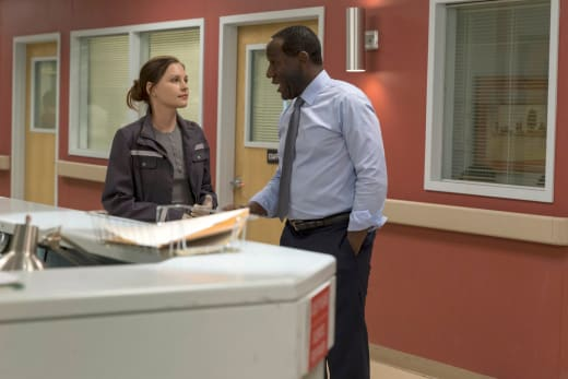 Jordan Negotiates with Julian - The Night Shift Season 4 Episode 1
