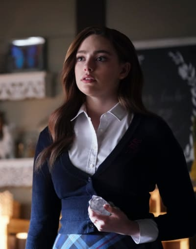 Hope's Plan - Tall - Legacies Season 1 Episode 15