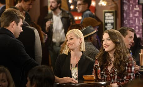 Caroline's Story - 2 Broke Girls