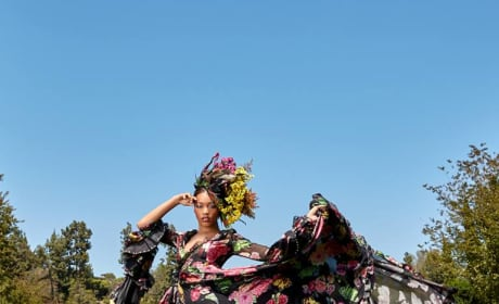 Rhiyan (FIrst Photo Shoot) - America's Next Top Model Season 24 Episode 1