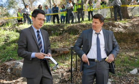 Aubrey and Booth Arrive at a Crime Scene - Bones Season 10 Episode 17