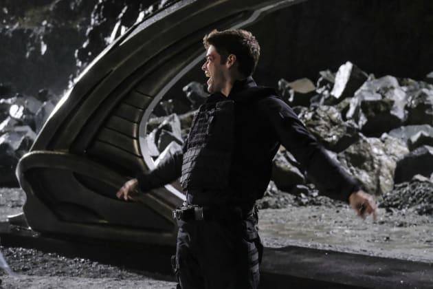 Winn - Supergirl Season 2 Episode 9