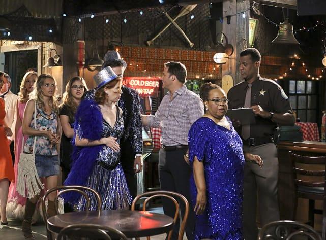A Town Gathering - Hart of Dixie Season 4 Episode 4