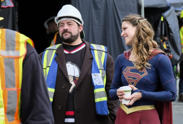 Kevin Smith Directs - Supergirl Season 2 Episode 9