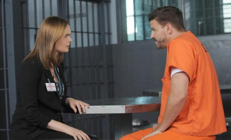 Brennan Visits Booth in Jail - Bones Season 10 Episode 1