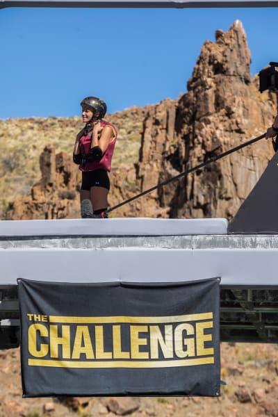 Kendal on the Platform - The Challenge: All Stars Season 1 Episode 2