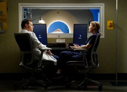 Watch Grey's Anatomy Season 12 Episode 23 Online