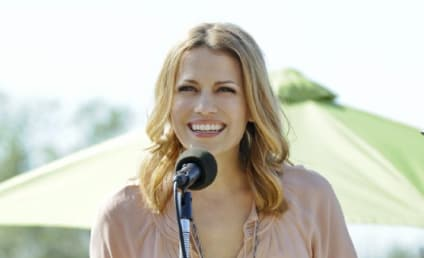 Bethany Joy Lenz to Move in on Dexter