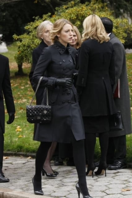 blair in black