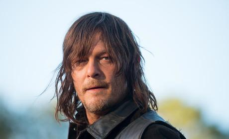 Daryl takes action - The Walking Dead Season 6 Episode 14