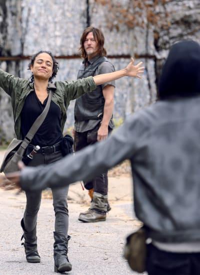 Back Together Again - The Walking Dead Season 9 Episode 15