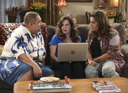 Watch Cristela Season 1 Episode 2 Online