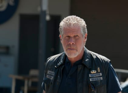 Watch Sons of Anarchy Season 4 Episode 9 Online