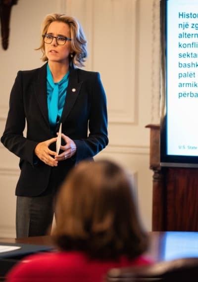 (TALL) Elizabeth's Presentation - Madam Secretary Season 5 Episode 9